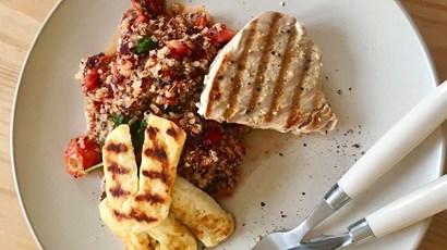 Tuna steak with tomato salsa, quinoa and vegan halloumi
