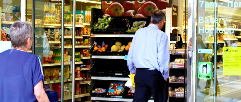 Food shopping with high cholesterol