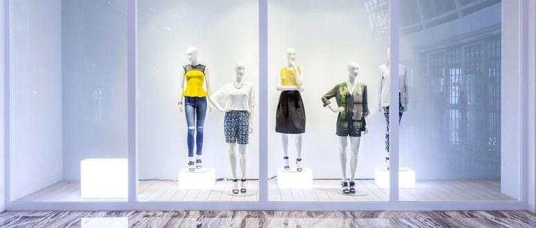Do shrinking fashion sizes promote anorexia?