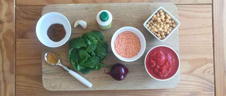 Lentil, chickpea and spinach curry