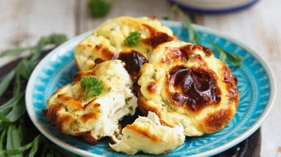 Kale, ham and ricotta frittatas