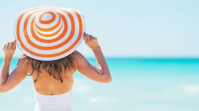 How to use sun cream and sunbathe safely