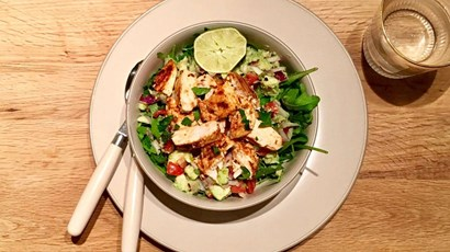 Recipe: Mexican chicken and avocado salad