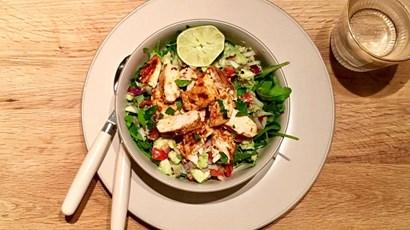 Recipe: Mexican chicken and avocado salad