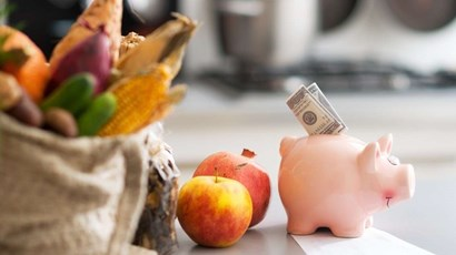 How to eat healthily on a tight budget