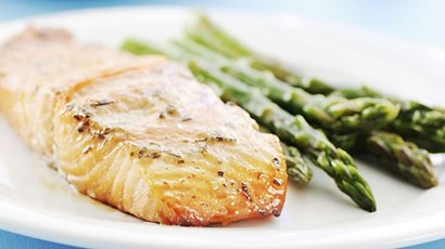 Chilli and ginger salmon with asparagus