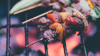 How to avoid food poisoning this summer