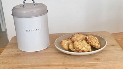 Recipe: Before bed biscuits