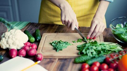 How does diet affect dementia?